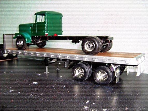 White-Truck 185t96qz2qv
